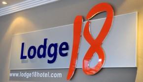 lodge18-hotel
